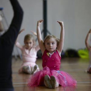 children learning ballet